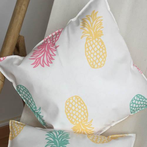 outdoor kissen mit ananas muster mit liebe dekoriert. Black Bedroom Furniture Sets. Home Design Ideas