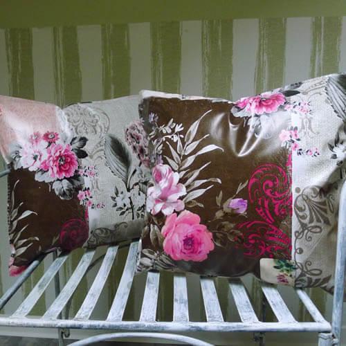 wachstuchkissen outdoor kissen rose hortensie mit liebe dekoriert. Black Bedroom Furniture Sets. Home Design Ideas