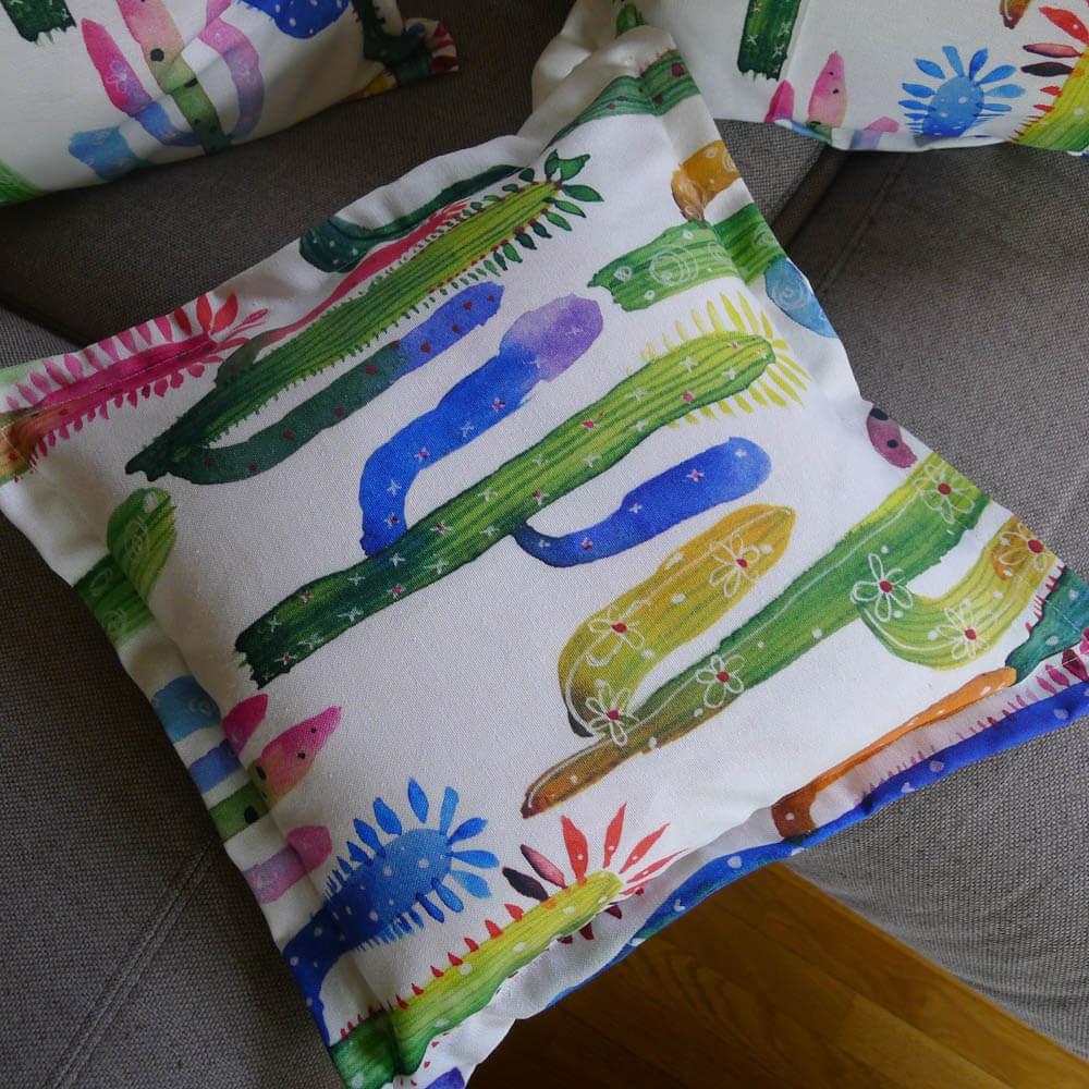 kaktus kissen bezug aus stoff kissenh lle mit liebe dekoriert. Black Bedroom Furniture Sets. Home Design Ideas