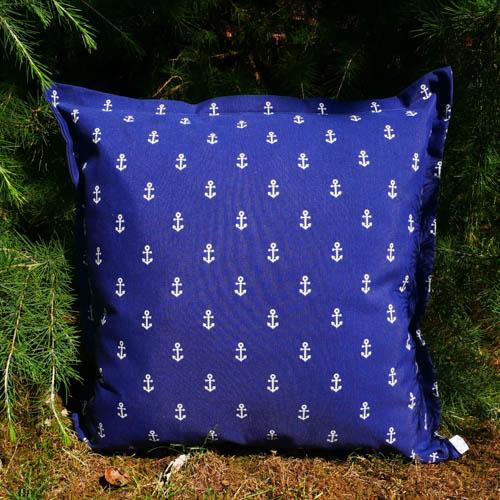 Kissen Maritim blau & Anker im Gras