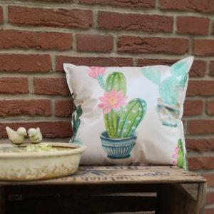 Gartenkissen Kaktus mit Blüte