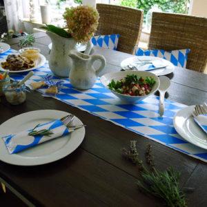 Gedeckter Tisch Oktoberfest 18 / Oktoberfestdecke