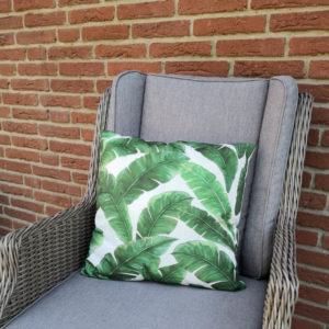 Trendiges Kissen Palmenblätter in grün (Kissenhülle)