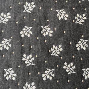 Platzset Zweige Creme mit grauem Hintergrund