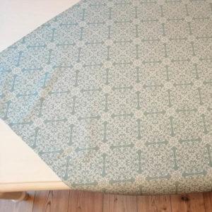 Mitteldecke Blau mit Ornamenten Muster