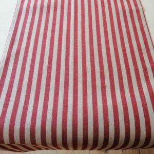 Tischläufer Landhausstil mit roten Streifen