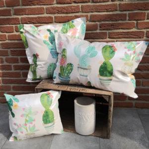 Trendiges Outdoor & Gartenkissen Kaktus 3 Größen