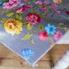 Tischdecke abwaschbar rund - Grau mit pinken Blumen