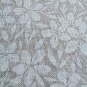 Mitteldecke Braun mit Blumenranken