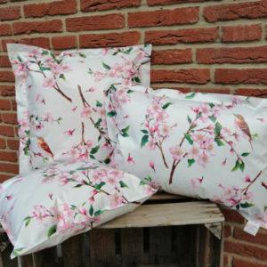 Outdoorkissen Kirschblüte 3 Größen