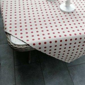 Tischdecken gepunktet in rot - beschichtete Baumwolle