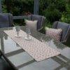 Outdoor Tischläufer Rosa Rosen (beschichtet)