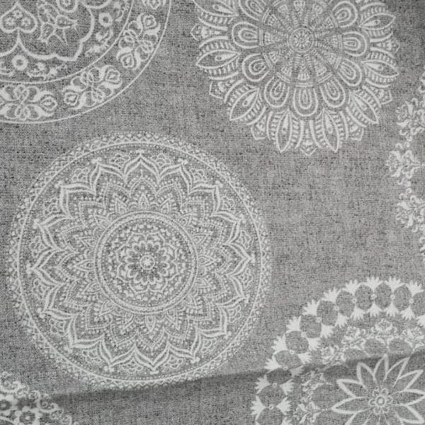 Meterware Mandala Motiv aus Baumwollmischung