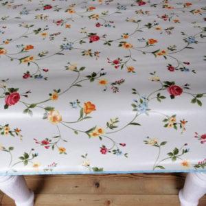 Tischdecke beige mit Streublümchen