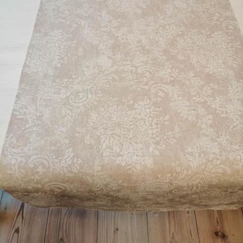 Mitteldecke Beige mit weißen Blütenranken 2 Größen
