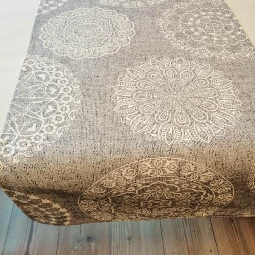 Tischläufer Mandala Muster aus Baumwollmischung Esszimmertisch