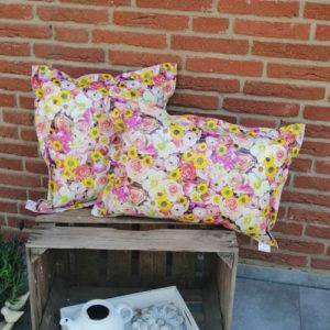 Wachstuch- / Outdoorkissen Sommerblumen 2 Größen