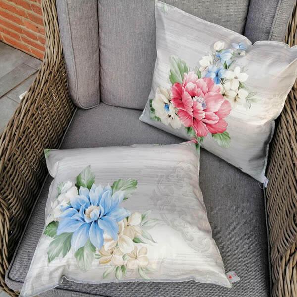 Geschenkideen zum Muttertag - Wachstuchkissen Blumenbouquet