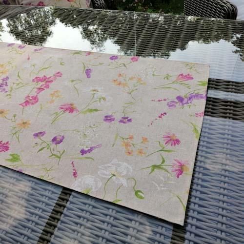 Tischläufer Blumen auf der Wiese 40 x 140cm (eckig)