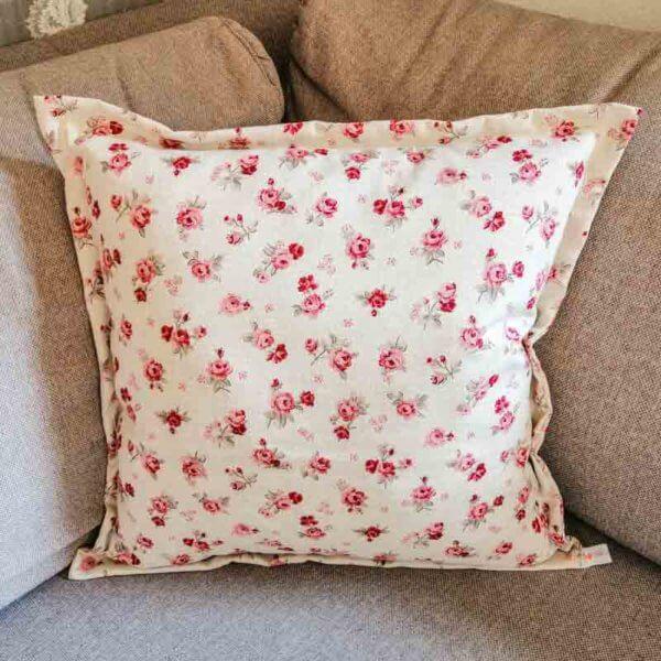 Kissenhülle Rosenmuster mit rosa Rosen 50x50cm
