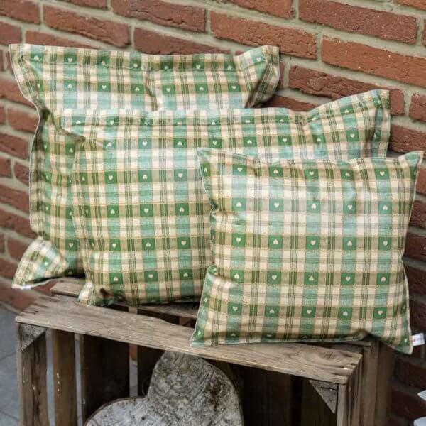 Garten Kissen Xmas grün kariert mit Herzen verschiedene Größen