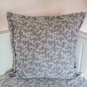 Kissenbezug Ranken aus Jacquard grau 60x60cm