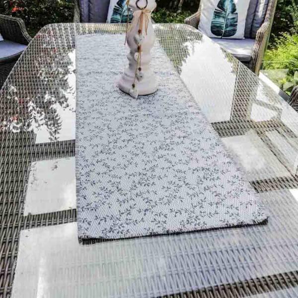 Tischläufer Ranken aus Jacquard grau