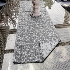 Blätterranken Tischläufer aus Jacquard grau
