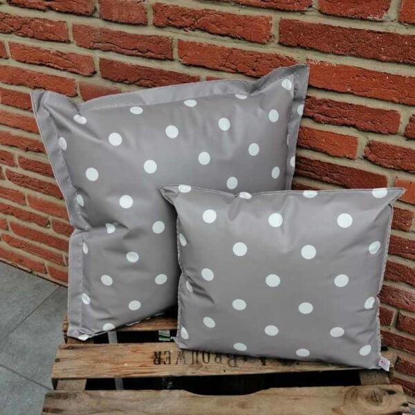 Wachstuch Kissen Punkte grau für draußen