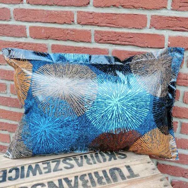 Gartenkissen Blau und Braun mit Ornamenten 40x60cm
