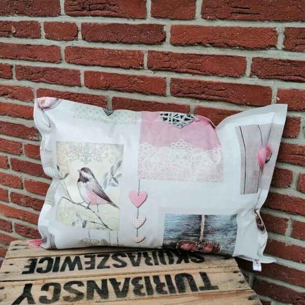 Kissen mit Herzen Shabby Chic aus Wachstuch 40x60cm