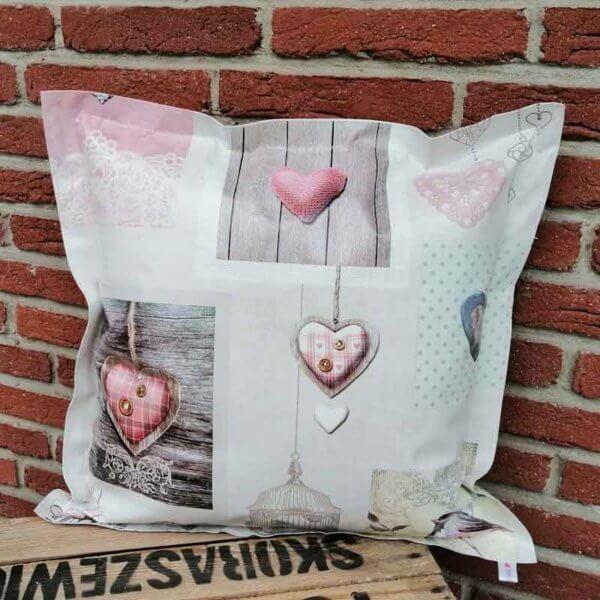 Kissen mit Herzen Shabby Chic aus Wachstuch 50x50cm
