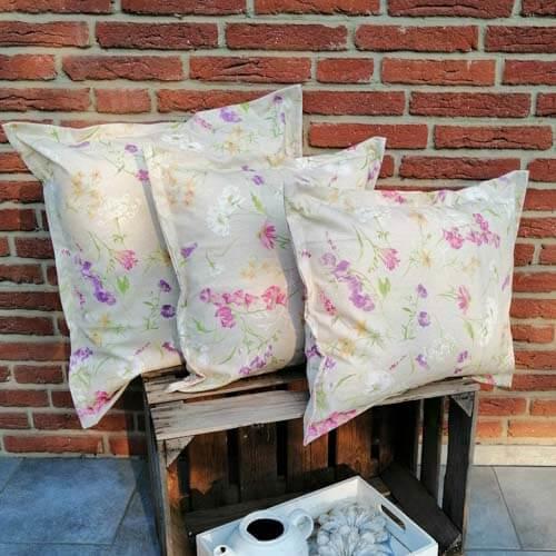 Ostergeschenke selber machen - Outdoor Kissenhülle - Blumen auf der Wiese