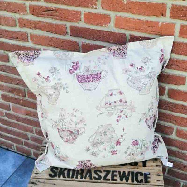 Outdoorkissen Tasse mit Blumen 60x60cm