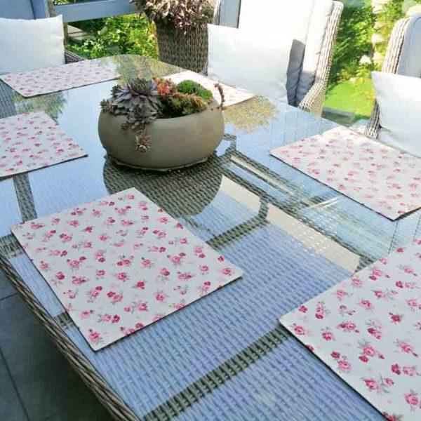 Platzset mit Roten Rosen aus beschichteter Baumwolle