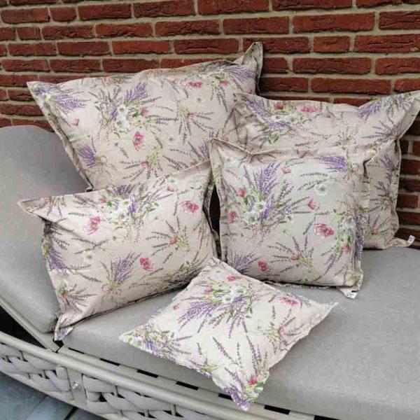 Kissenhülle Lavendel beschichtet für den Garten