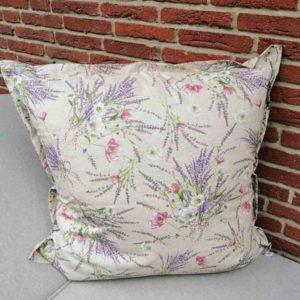 Kissenhülle Lavendel beschichtet für den Garten 80x80cm