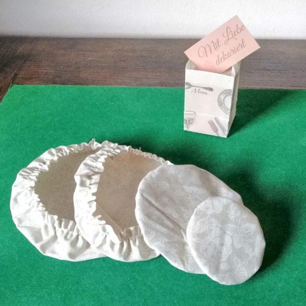 Schüsselhauben Beschichtete Baumwolle Beige mit Röschen