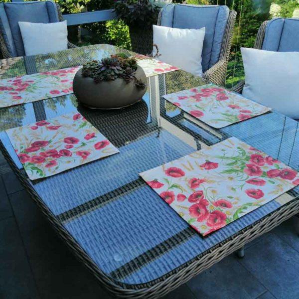 Platzdeckchen mit Mohnmotiv beschichtet für den Gartentisch