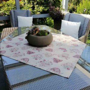 Tischdecke Tasse mit Blumen aus beschichteter Baumwolle
