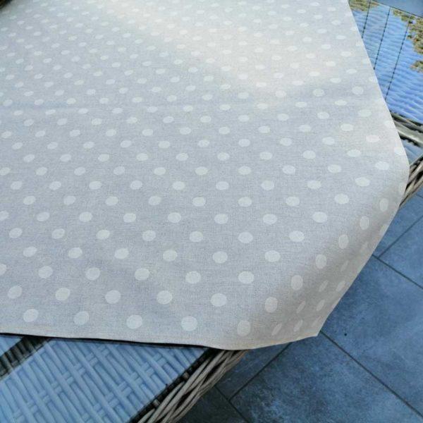 Tischdecke beschichtet beige mit creme Punkten - für den Garten