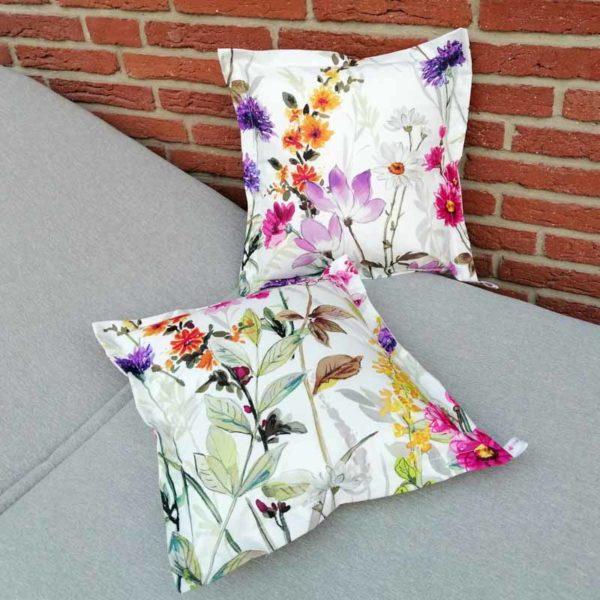Kissen Blumenwiese für Outdoorbereich 40x40cm